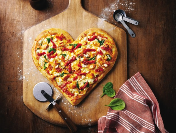 Disponível em: http://postmediavancouversun.files.wordpress.com/2013/02/heart_shaped_tuscan_pizza_insitu_m.jpg