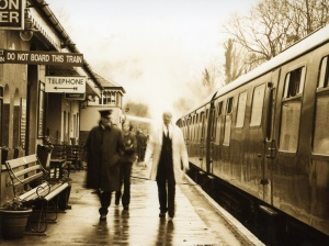 steam_engine_train_station_wallpaper-normal